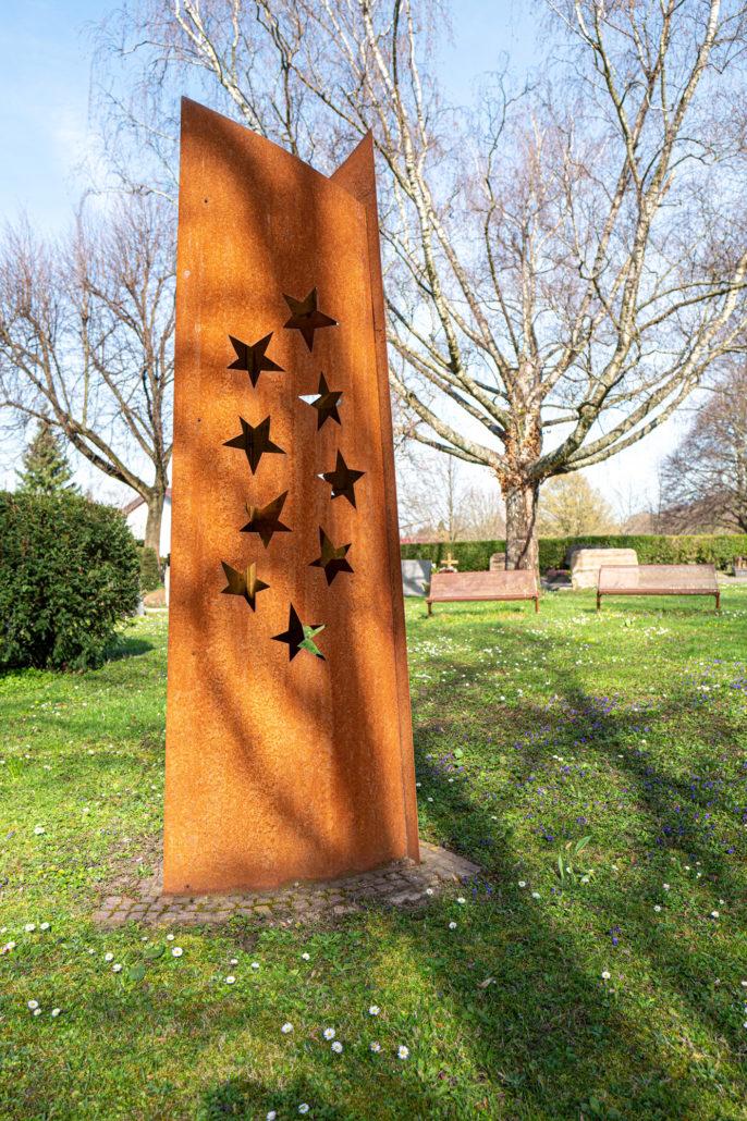 """Skulptur """"Sternenkinder"""", 2016 Trauerort für Fehl- und Frühgeburten, Alter Friedhof, Dossenheim Hans-Michael Kissel, Bildhauer und Kinetiker, Ladenburg"""
